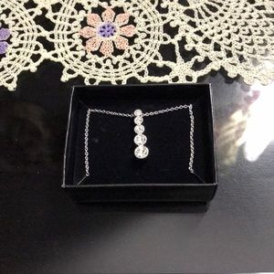 Descending Rhinestones Necklace